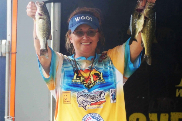 The Co-Angler Champion 2019, DeAnna Lovvorn of Bradyville, TN with 21.04 lbs